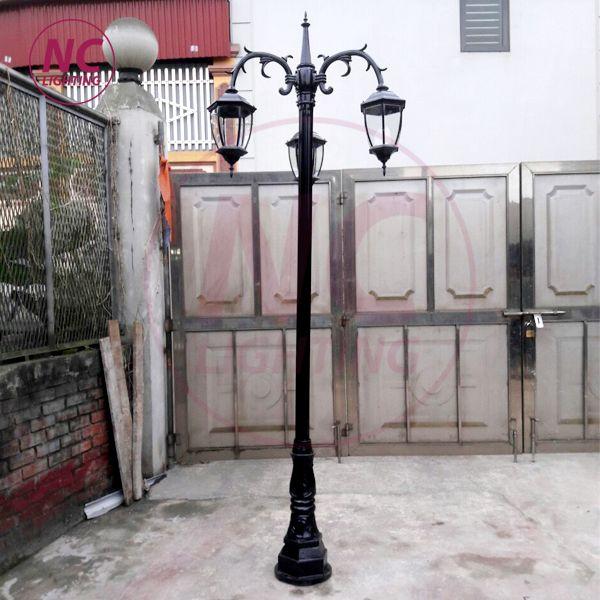cột đèn 2