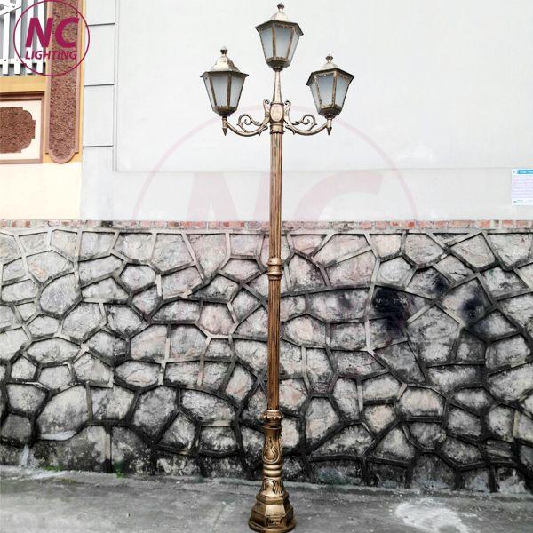 cột đèn 4