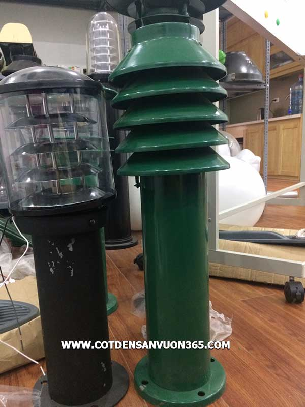 Hình ảnh thực tế đèn sân vườn đèn nấm cây thông