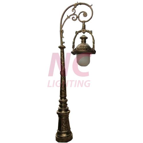 Cột đèn trang trí sân vườn Hana