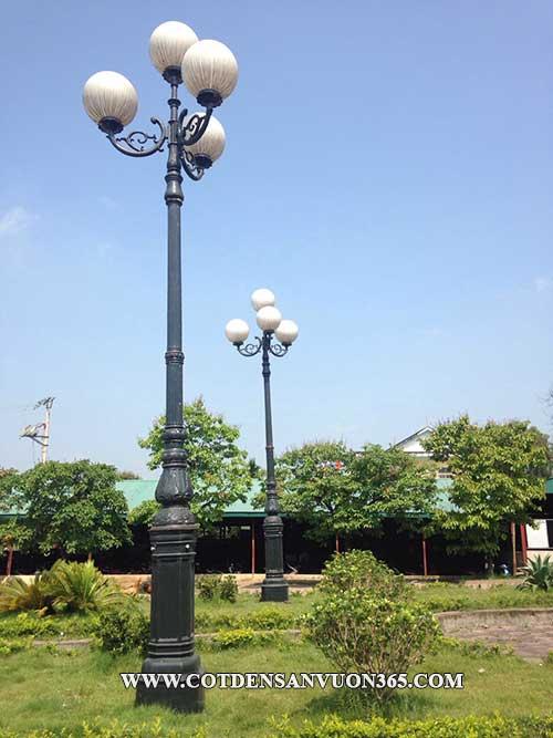 Cột đèn trang trí sân vườn DC-05B