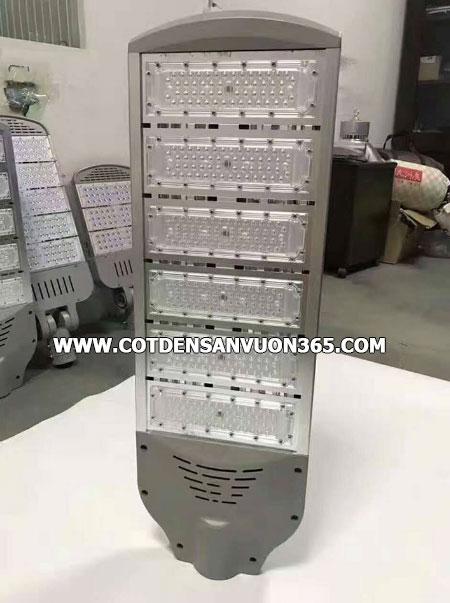 Giá đèn led cao áp 70W
