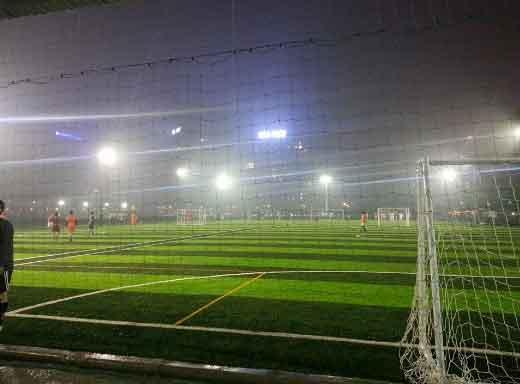 Hệ thống chiếu sáng cho sân bóng đá