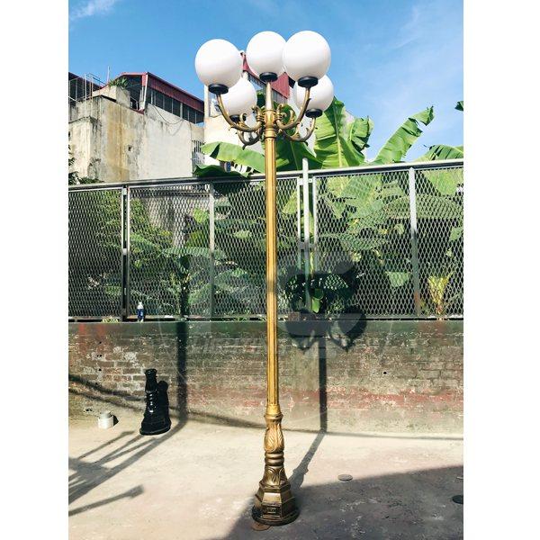 Cột đèn sân vườn DC-02